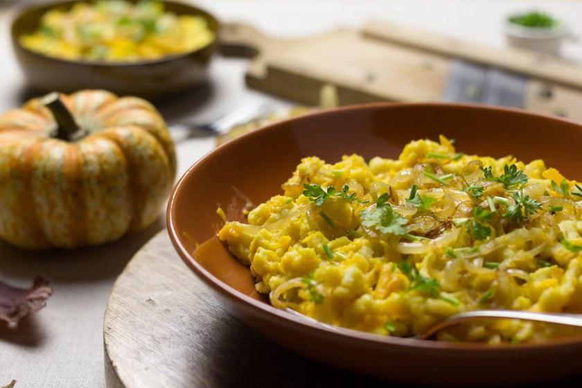 Vollkorn-Kürbis-Käsespätzle Rezept zum selbst machen