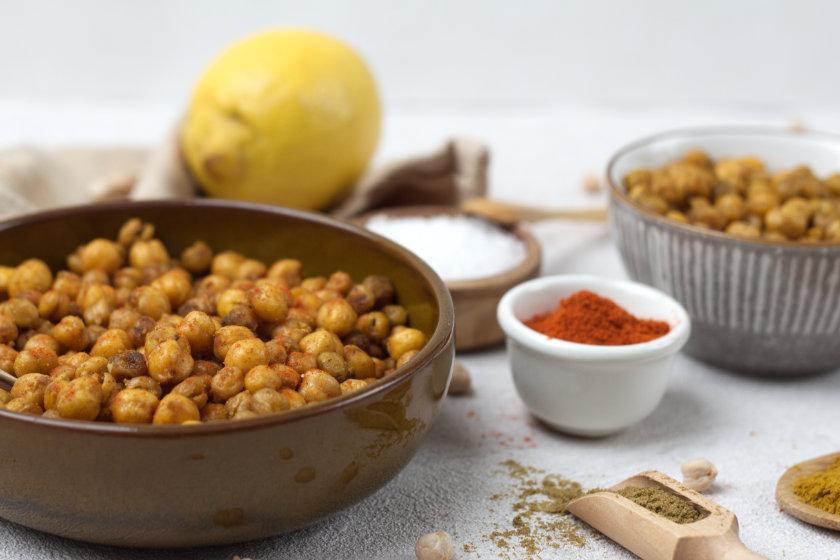 selbst gemachter Snack - geröstete Kichererbsen - purelimon