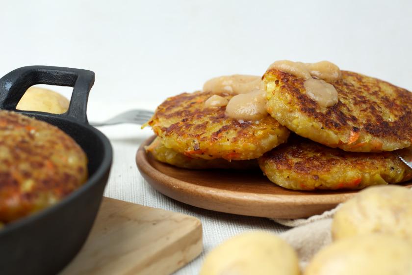 Kartoffelpuffer Rezept mit selbst gemachtem Apfelbrei - purelimon