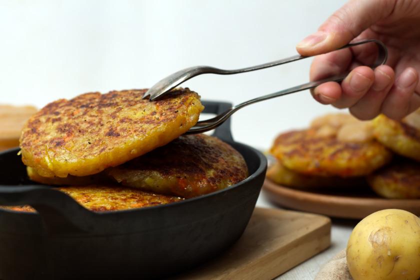 selbst gemachte Kartoffelpuffer - purelimon