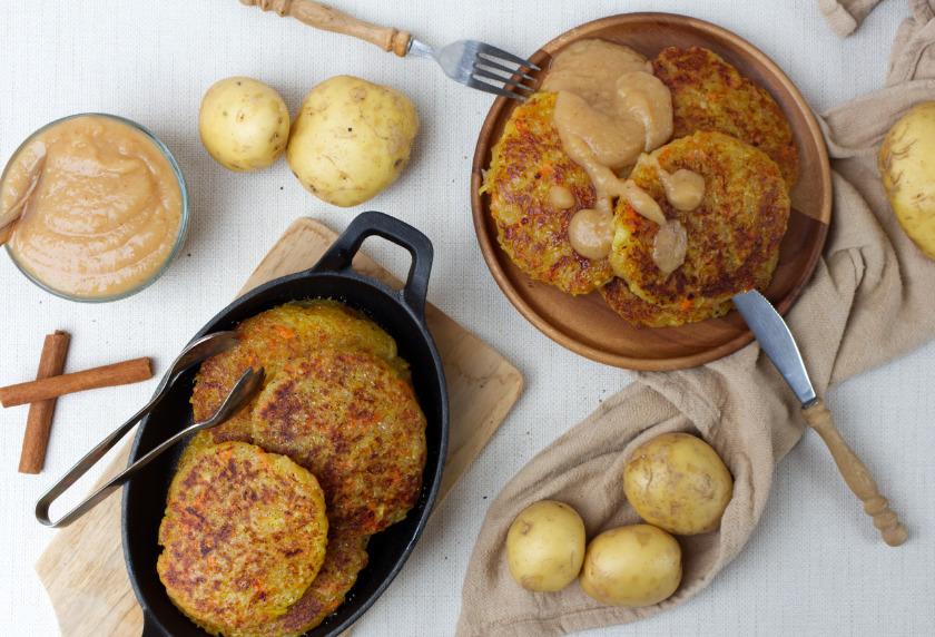 vegane Kartoffelpuffer Rezept mit Apfel-Birnenmus - purelimon