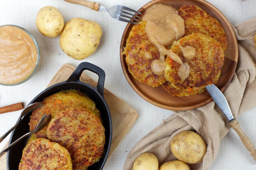 vegane Kartoffelpuffer mit Apfelbrei - purelimon