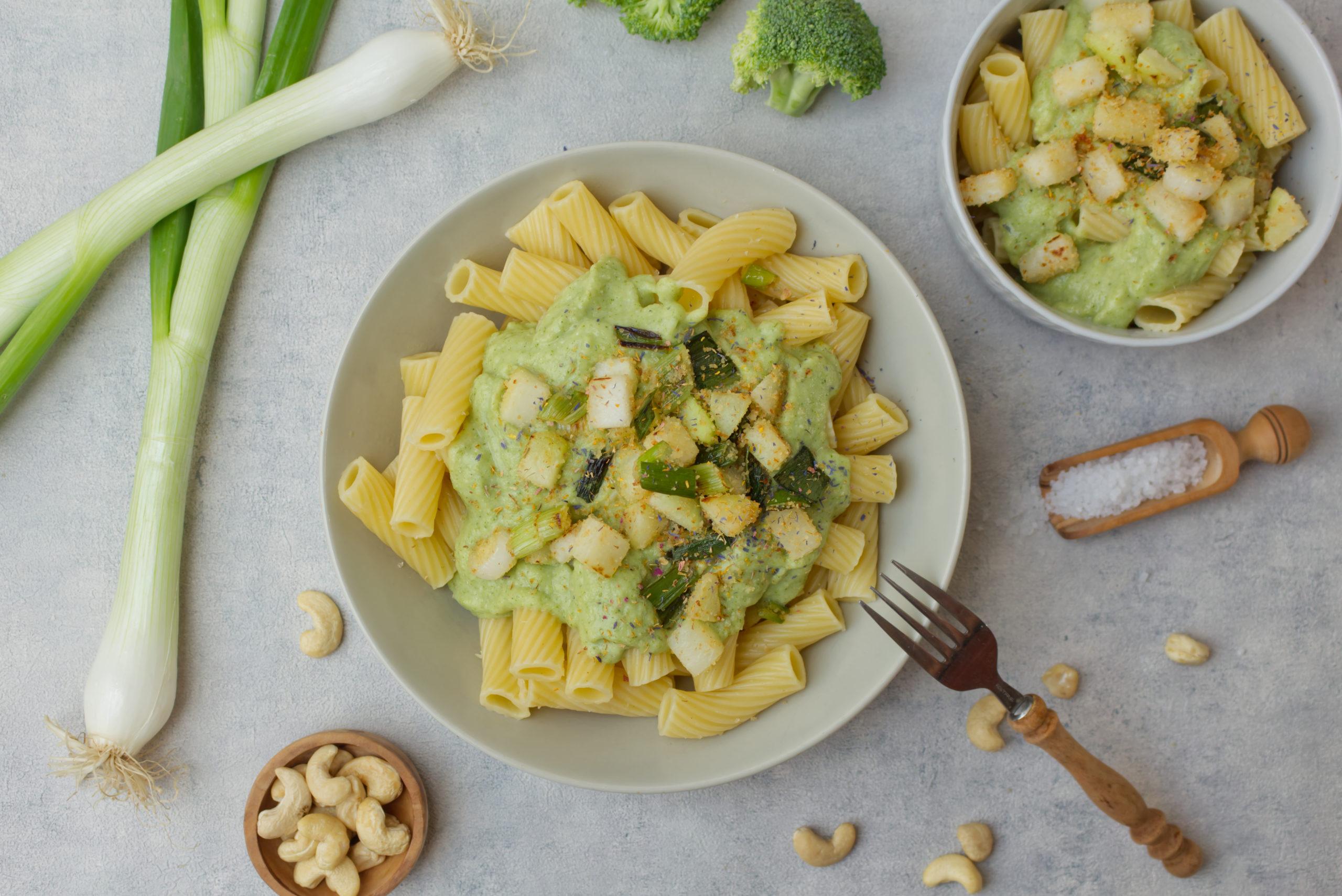 Nudeln mit Brokkolisauce Rezept - purelimon